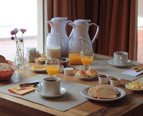 Nuestro delicioso y completo desayuno continental